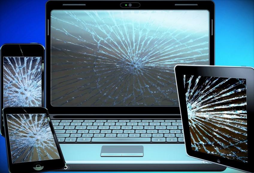 Forfait de réparation d écran d ordinateur portable  59€ TTC + prix de l  écran 8c16a2d11b58